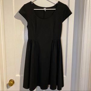 Old Navy black dress with cap sleeves size medium